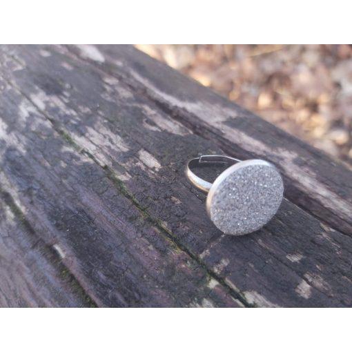 Telihold gyuru beton ekszer ajandek